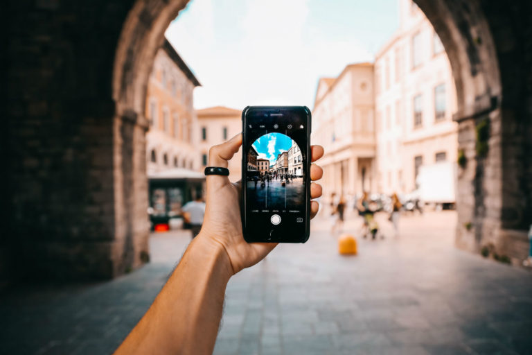 Qual é a melhor operadora de celular da Itália? (2020)