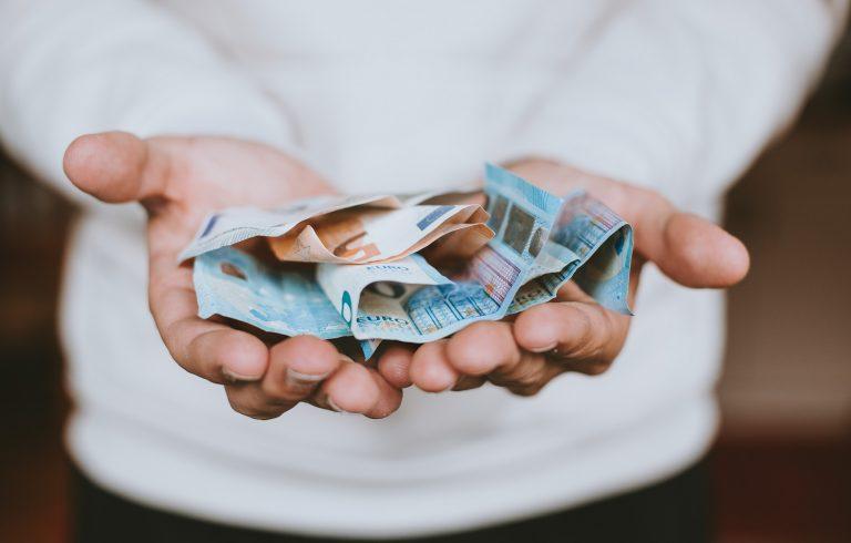 O melhor jeito de economizar dinheiro em uma viagem