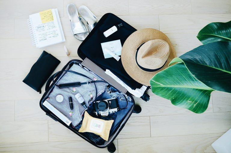 O que levar na mala em TODA viagem (e você sempre esquece)
