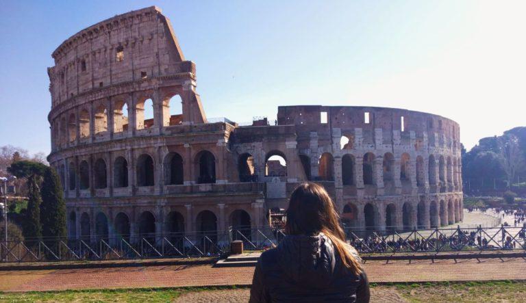 """Bonus vacanze: como funciona o """"bolsa viagem"""" da Itália"""