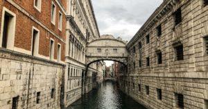 Ponte dos Suspiros, em Veneza