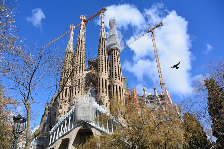 Correndo atrás de ingressos para a Sagrada Família, em Barcelona