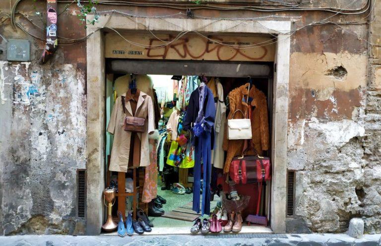 A história Dr Martens de 60 euros no brechó de Roma