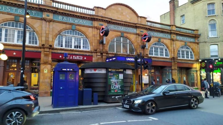 Onde encontrar a TARDIS em Londres