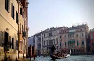 Veneza por Kazuo ota/Unsplash